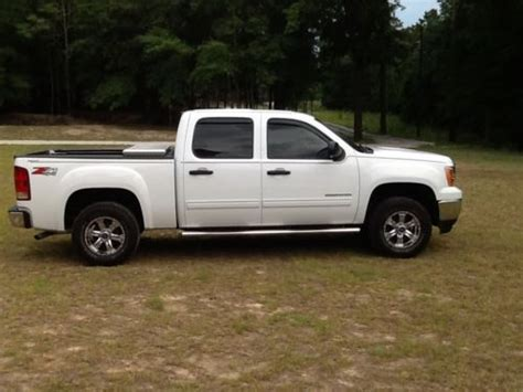 sell used 2013 gmc 1500 sle crew cab 4 door
