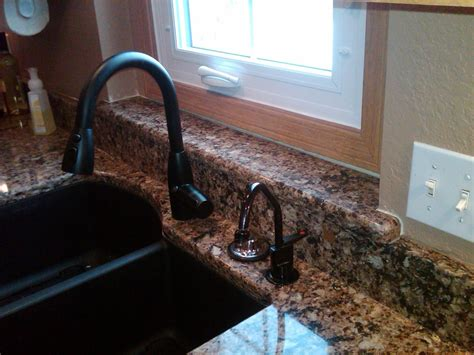 best kitchen faucets for granite countertops