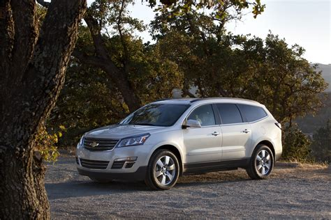 chevrolet crossover 2017 chevy traverse exterior body style gm authority