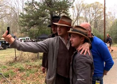 how to ask for a tom hardy lawless haircut tom hardy self pic party on set of lawless tom hardy