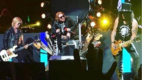 Guns N' Roses Roar Back With Epic Las Vegas Reunion Show