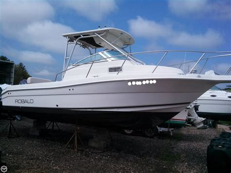 used robalo boats for sale massachusetts used 2004 robalo r235 for sale in newbury massachusetts