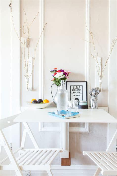 Tempat Makan Anjing Dua Bulat inspirasi desain meja makan minimalis rumah dan gaya hidup rumah