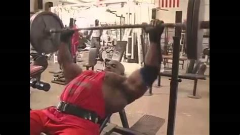 ronnie coleman bench max ronnie coleman chest workout youtube