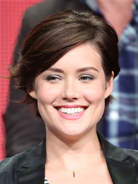 megan boone hairstyles megan boone short cut with bangs short hairstyles