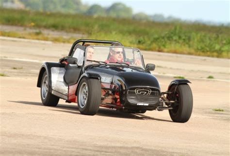 driving a caterham lotus vs caterham driving experience heyford park s