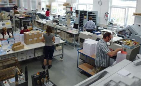 Digitaldruck Baier Heidelberg by Baier Digitaldruck Baut Weiterverarbeitung Am Standort
