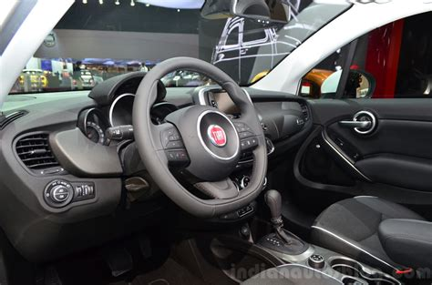 fiat 500x interior at the 2014 motor show indian