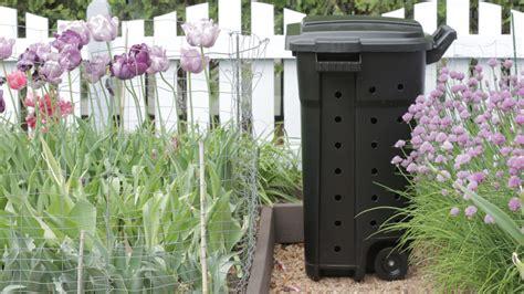 compost bins  arent eyesores  homes gardens