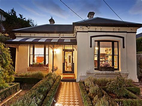 victorian homes decor 30 house facade design and ideas inspirationseek com