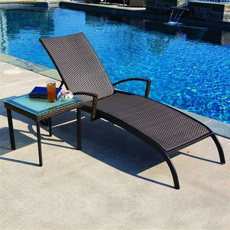 Wicker Pool Lounge Chairs by Pool Lounge Chairs Cozydays