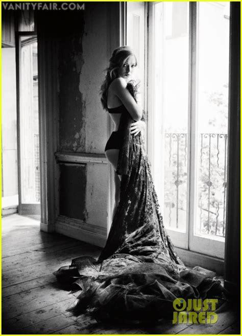 Vanity Fair Spread sized photo of amanda seyfried vanity fair photo