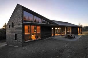 modern ski lodge in kvitfjell twisted cabin