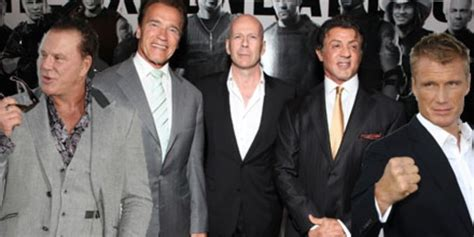 arnold schwarzenegger lunches with mickey rourke daily expendables premiere sylvester stallone feiert mit arnold