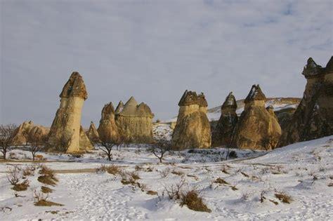 cappadocia i camini delle fate i camini delle fate innevati viaggi vacanze e turismo