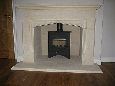 rochester bath fireplace surround includes