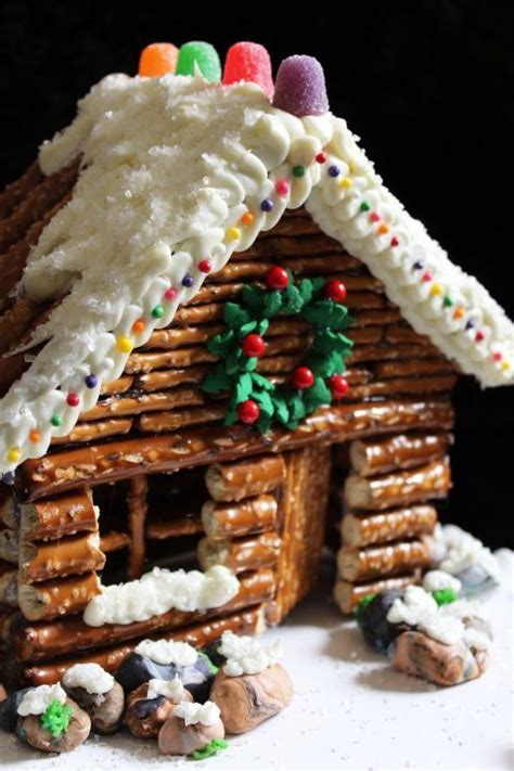 frosting for gingerbread house 1000 ideas about gingerbread house frosting on pinterest gingerbread house icing