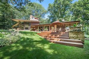 Frank Lloyd Wright Inspired Homes Listing Of The Week Frank Lloyd Wright Inspired Home