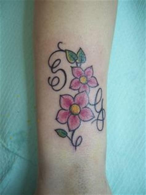 combinazioni lettere tatuaggi con iniziali una piccola guida per scegliere il