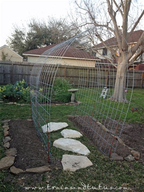 trellis ideas 15 inspiring diy garden trellis ideas for growing climbing