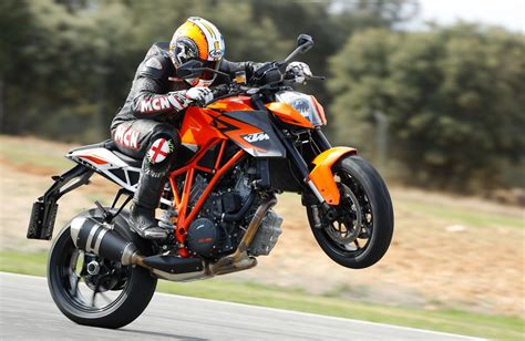 Ktm 1290 Superduke Ktm 1290 Superduke 2013 On Review Mcn
