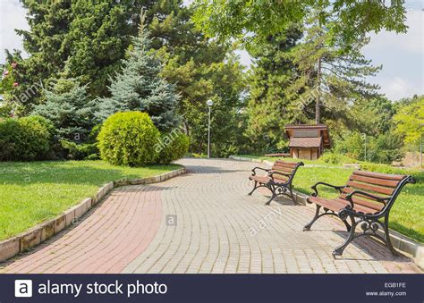 park with bench park background with bench www pixshark com images galleries with a bite