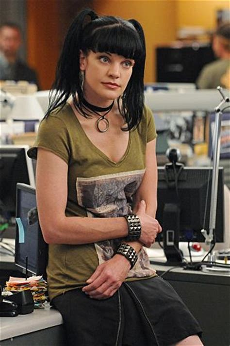 does pauley perrette wear a wig now on ncis pictures photos from ncis imdb ncis pinterest