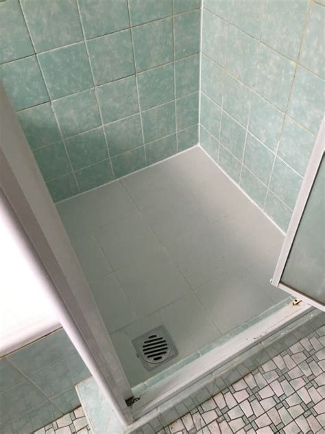 Sealing Shower Tray To Wall by Shower Tray Replacement Or Shower Seal Shower Verandah