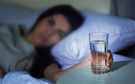 should i drink water before bed 9 situations when drinking water need to be avoided page
