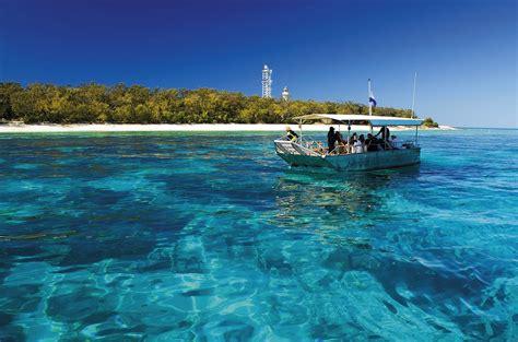 glass bottom boat hervey bay emeraldene inn s hervey bay blog hervey bay fraser