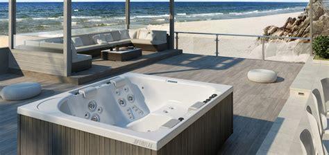 Whirlpool Auf Terrasse by Optirelax Premium Whirlpools Pools Sauna