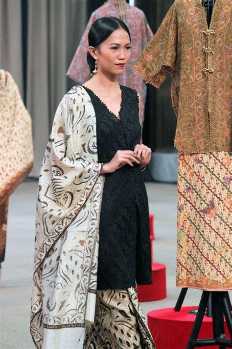 Baju Batik Etnic Bilda 337 besten kebaya hitam bilder auf batik kleid