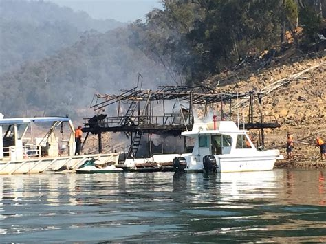 houseboat fire houseboat fire latest news breaking headlines and top