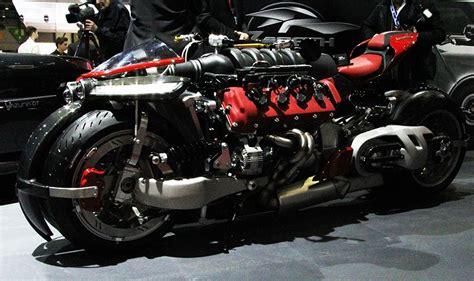 lazareth lm 847 la lazareth lm 847 une moto avec un moteur v8 maserati