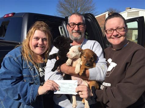 kreitzer s critter corral puppy rescue southern grace distilleries donates more than 1 800 to kreitzer s critter corral