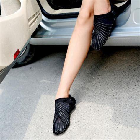 Diskon Sepatu Slip On Yf33 sepatu sendal slip on running wrap sneaker size 42 43 black jakartanotebook