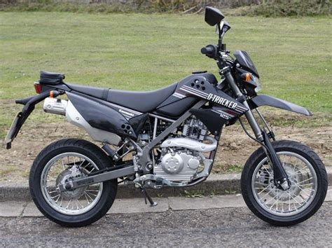 Kawasaki Traker kawasaki d tracker 125 2010 on review mcn