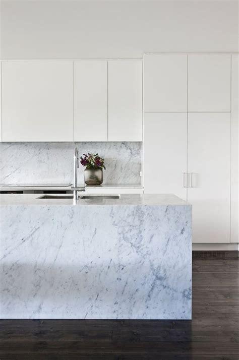 marmor arbeitsplatten schlichte k 252 che mit marmor arbeitsplatte kitchens