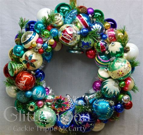 old fashioned wreath ideas 94 best images about ornaments on wool le veon bell and vintage white