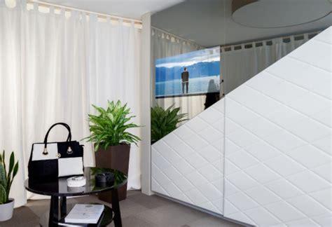 armario de tele espejo tv integrado en puertas de armario
