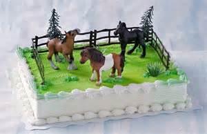 pferde kuchen pferde aus marzipan kuchen suessigkeiten torte