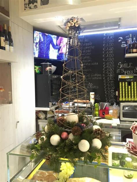 negozi di candele a roma 97 migliori immagini decorazioni per negozi addobbi