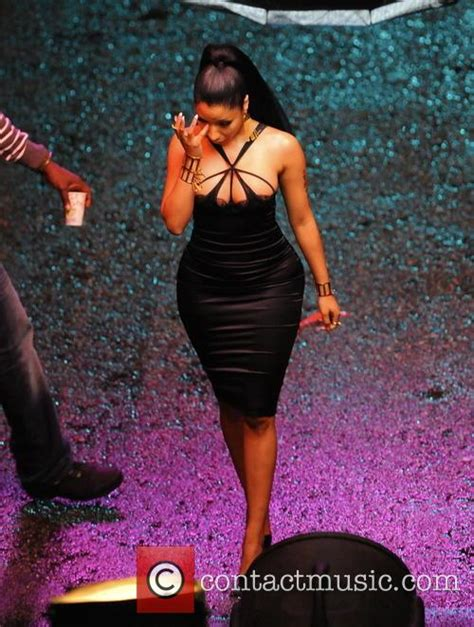 nicki minaj shows off another look at her huge ring on nicki minaj nicki minaj shows off her curves for new