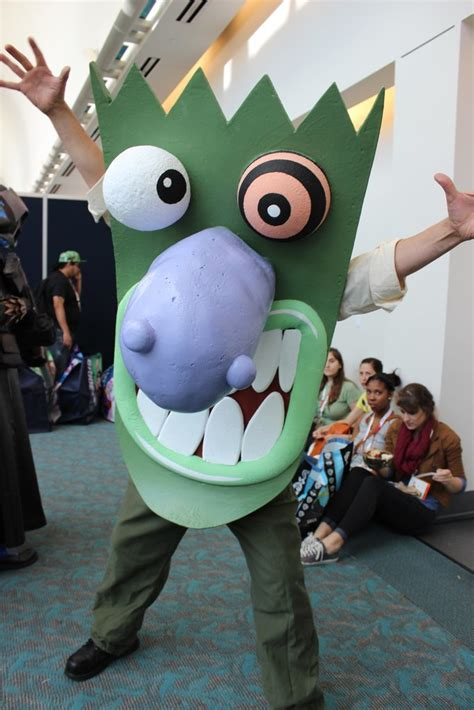 eustace courage the cowardly best costumes at comic con popsugar australia tech