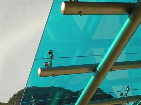 tettoie in vetro e acciaio pensiline e tettoie in vetro a vicenza vetreria cogo