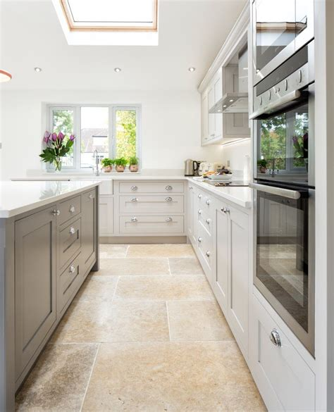 Farrow And Shaded White Kitchen Units by 12 Farrow And Kitchen Cabinet Colors For The