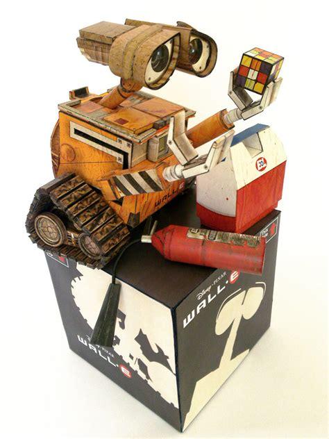 Wall E Papercraft - wall e papercraft by ikarusmedia on deviantart