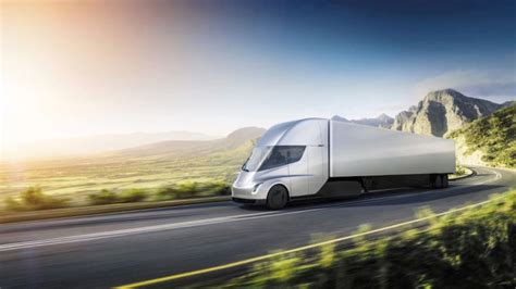 elon musk electric truck elon musk unveils tesla semi electric truck in latest