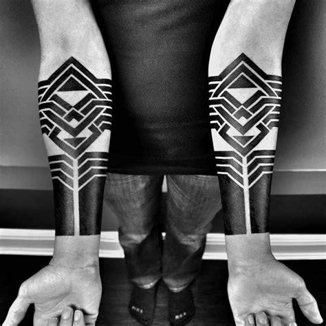 exploring avant garde blackwork tattoos with ben volt pt