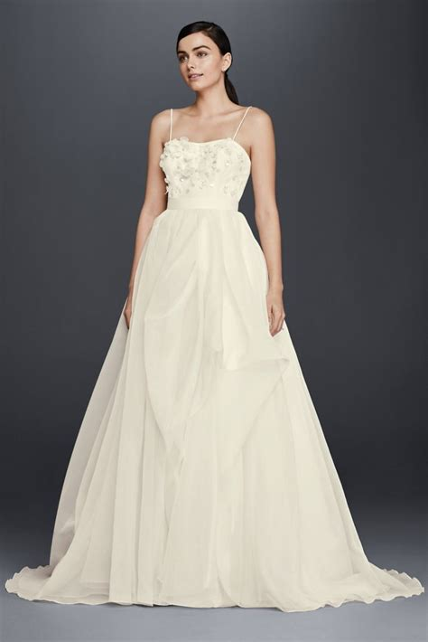 A Line Wedding Dresses 33 trendiest a line wedding dresses everafterguide